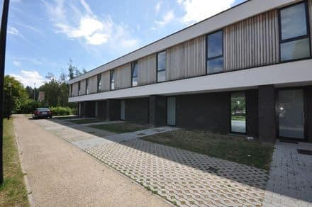 House<span>138</span>m² for rent Kluisbergen
