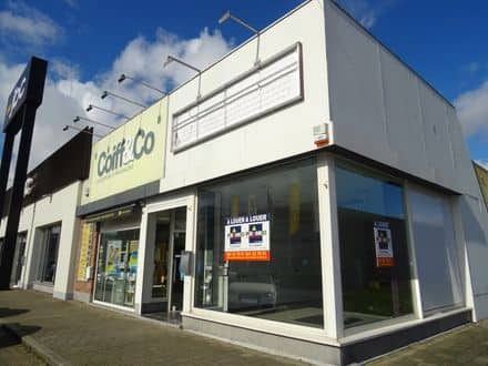 Shop<span>60</span>m² for rent
