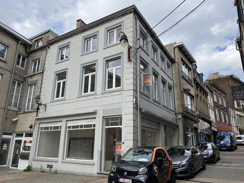 Office or business for rent in Chatelet