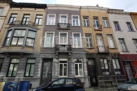 House<span>360</span>m² for rent