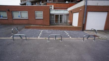 Parking space or garage for rent Aalter