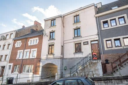 House<span>163</span>m² for rent