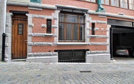 Warehouse<span>53</span>m² for rent Brussels