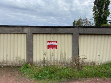 Parking space or garage for rent Farciennes