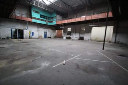 Warehouse<span>400</span>m² for rent