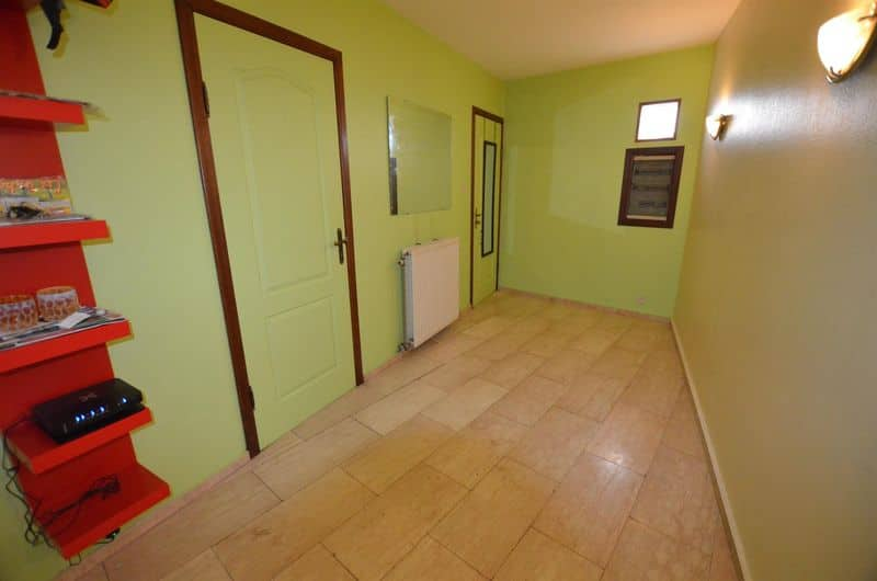Investment property for sale in La Hestre