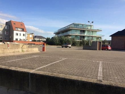 Open air space<span>14</span>m² for rent