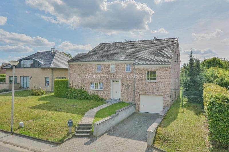 Villa for rent in Tervuren