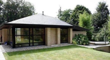 House<span>365</span>m² for rent