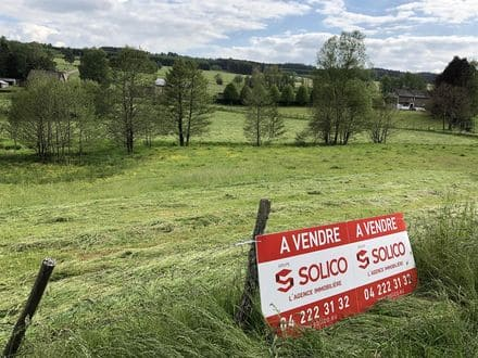 Land<span>2270</span>m² for rent Vielsalm