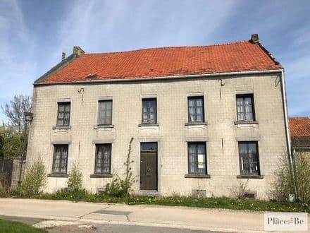 House<span>430</span>m² for rent