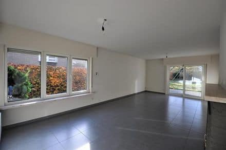 House<span>186</span>m² for rent