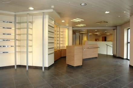 Office or business<span>250</span>m² for rent