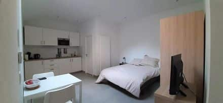 Studio<span>25</span>m² for rent