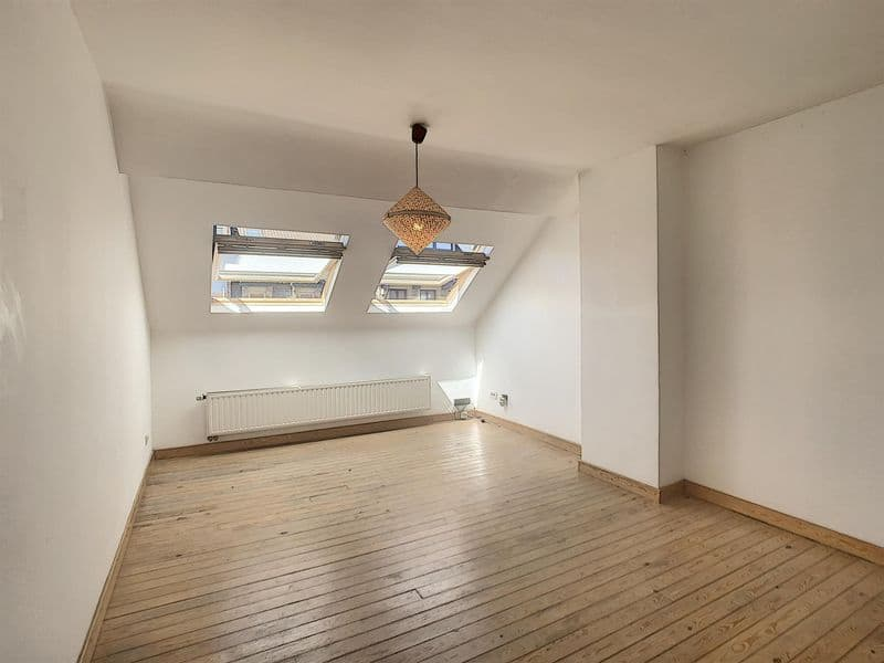 Duplex for rent in Schaarbeek