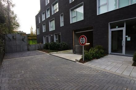 Parking space or garage<span>15</span>m² for rent