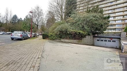 Parking space or garage<span>22</span>m² for rent