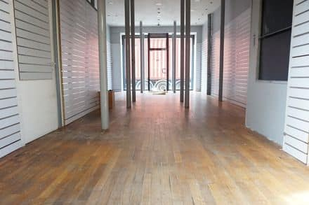 Business<span>218</span>m² for rent Anderlecht