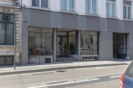 Office or business<span>210</span>m² for rent Brussels