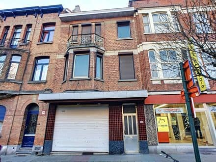 Office or business<span>164</span>m² for rent Laken