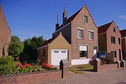 House<span>188</span>m² for rent