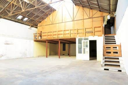 Warehouse<span>320</span>m² for rent