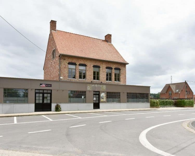 Business for sale in Staden