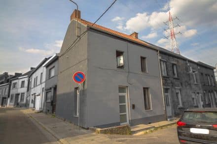 House<span>84</span>m² for rent