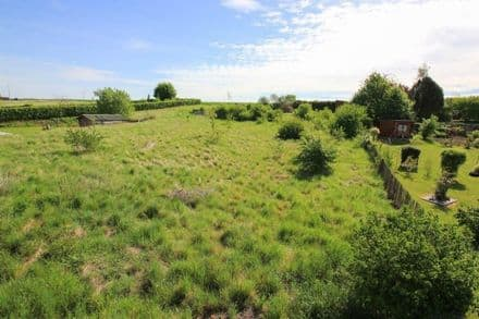 Building land<span>818</span>m² for rent