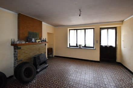 House<span>92</span>m² for rent