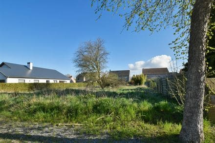 Land<span>816</span>m² for rent Braine L Alleud