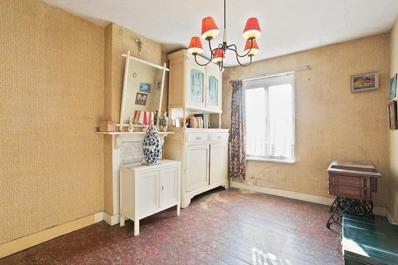 House for sale in Halle