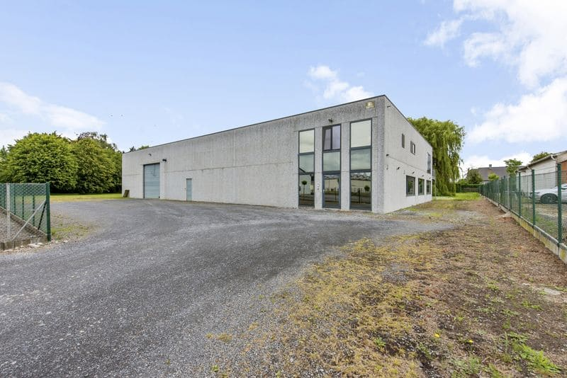 Office or business for sale in Meulebeke