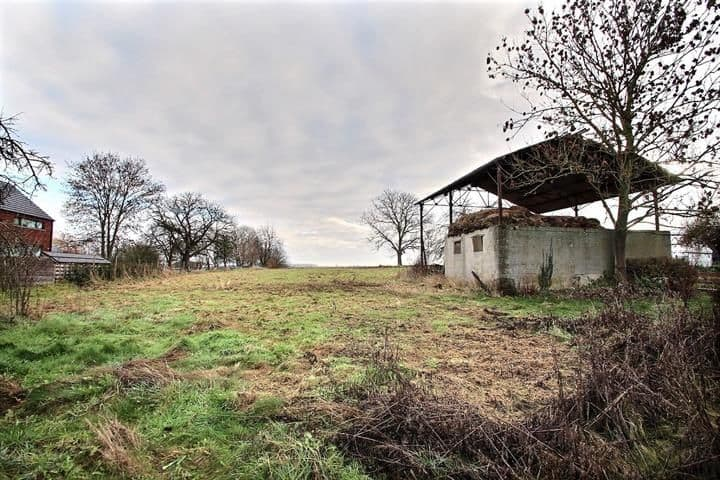 Land for sale in Orp Jauche