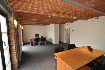 Office<span>30</span>m² for rent Tubize
