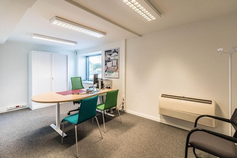 Office or business for rent in Sterrebeek