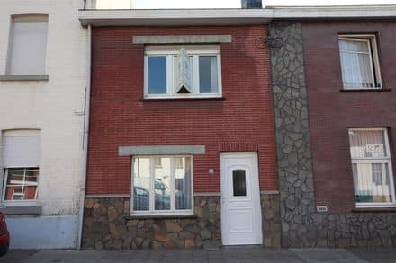 House<span>83</span>m² for rent
