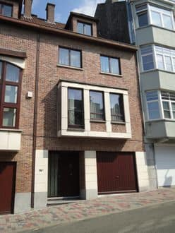 House<span>200</span>m² for rent Ukkel