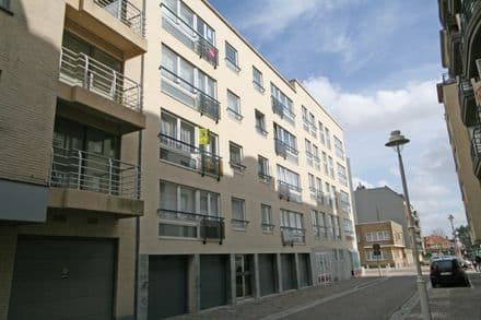 Parking space or garage<span>13</span>m² for rent Nieuwpoort