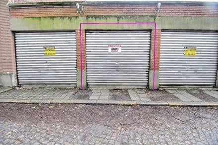 Parking space or garage<span>17</span>m² for rent