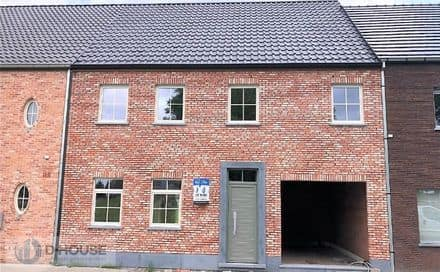 House<span>250</span>m² for rent Ledegem