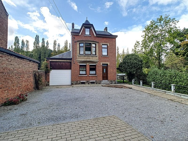 House for sale in Ceroux Mousty