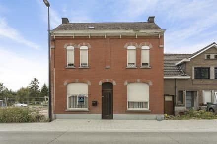 House<span>200</span>m² for rent Baardegem