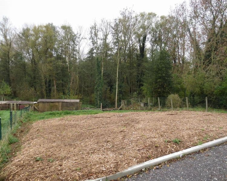Parking space or garage for sale in Okegem