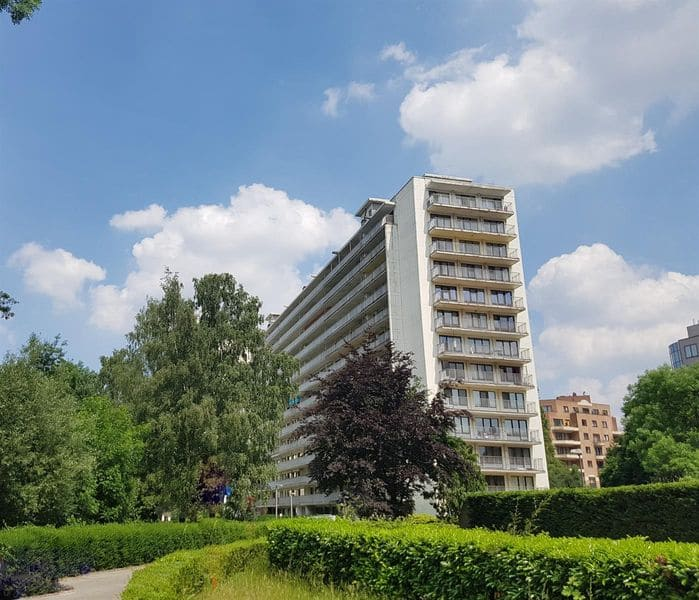 Studio flat for sale in Sint Stevens Woluwe