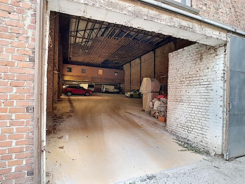 Parking space or garage for rent in Mouscron