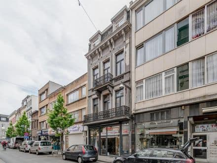 Investment property<span>400</span>m² for rent Antwerp