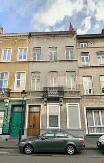 House<span>240</span>m² for rent Sint Gillis