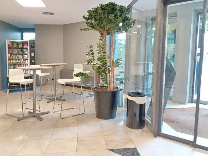 Office for sale in Evere