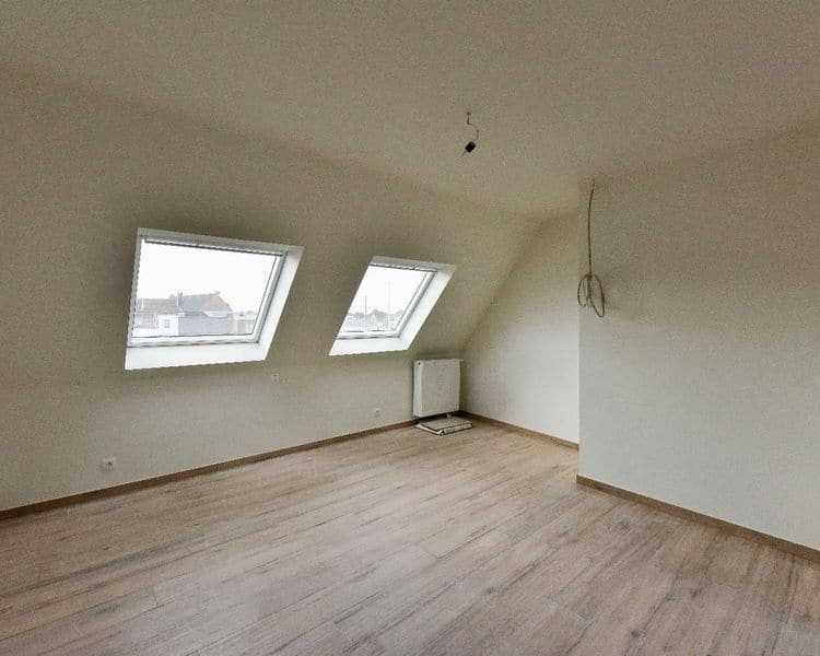 Penthouse for rent in Waregem